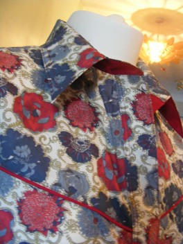 Shirt made for Amy Beth Hale in Liberty 'Lucy Daisy' https://dandyandrose.com/2012/10/10/lucy-daisy/