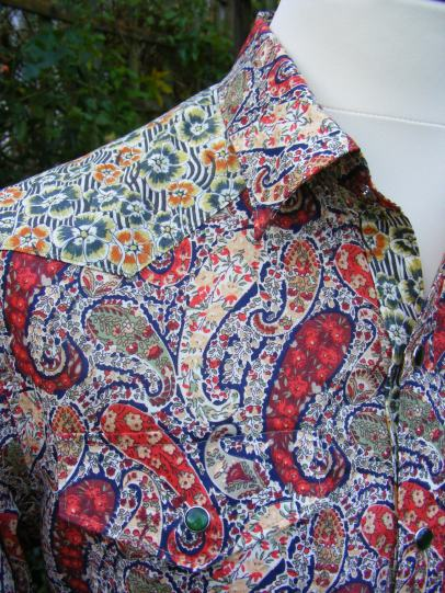 Shirt in Liberty 'Bourton' and 'Ellie Ruth' https://dandyandrose.com/2013/11/09/mixing-it-up/