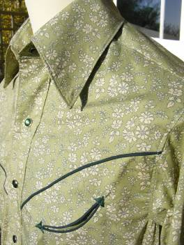Custom-made shirt in Liberty 'Capel' with dark green piping, arrowheads and snaps https://dandyandrose.com/2013/12/29/a-touch-of-the-meadow/