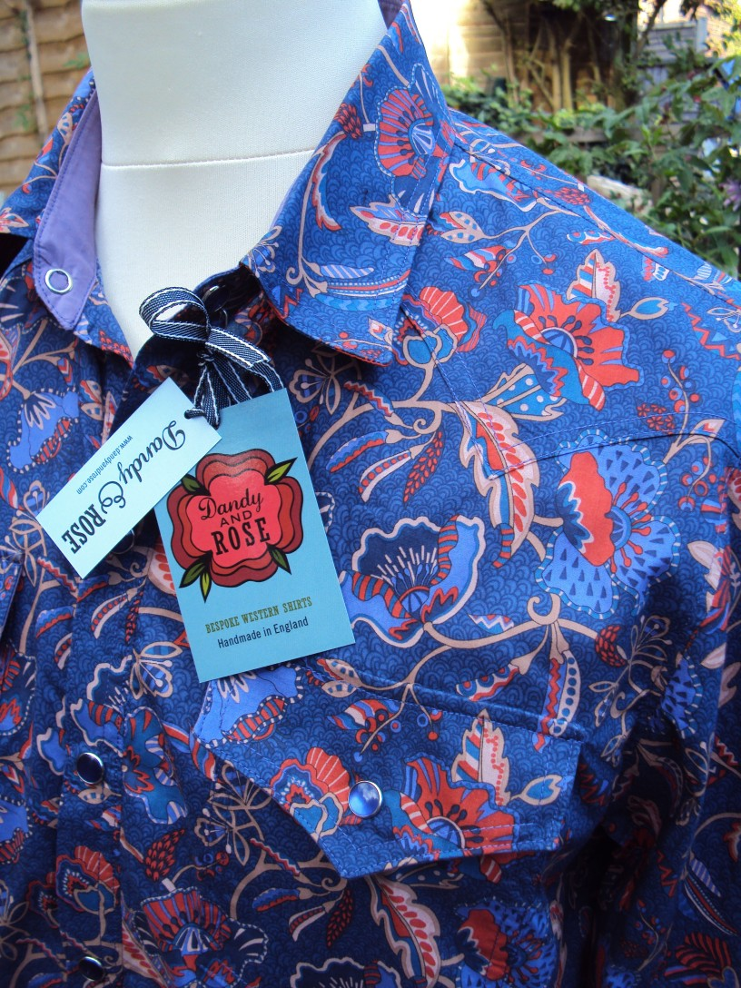 Shirt made for Jim Lauderdale in Liberty 'Poppyseed Dreams A' https://dandyandrose.com/2014/09/19/how-very-gram/