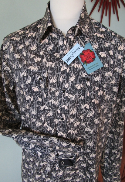 Jim Lauderdale's shirt in Liberty of London's snowdrop print 'Hesketh'