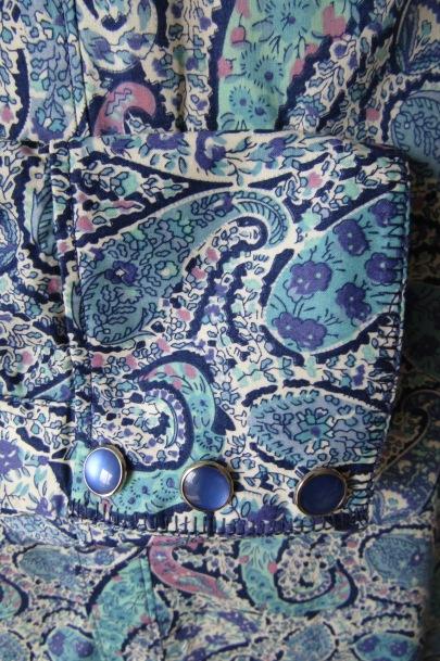 Bourton blue cuff