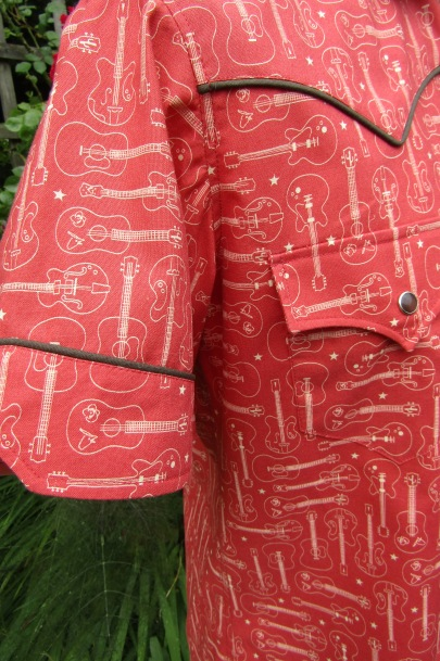 Bill DeMain's Guitar print shirt